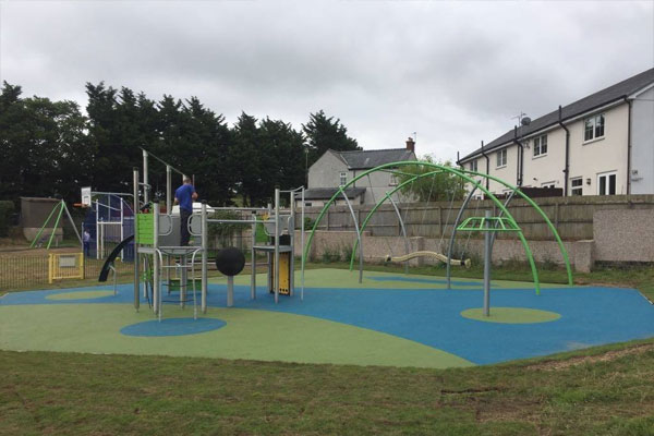 Play Area Install in Hellan